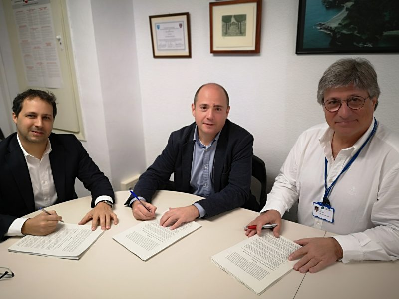 From left to right: Albert Salles Vancell, CEO of Seys, Jordi Buisan Marina, CEO of BeHit, and Lluís Blanch Torra, director of Research and Innovation at Parc Taulí