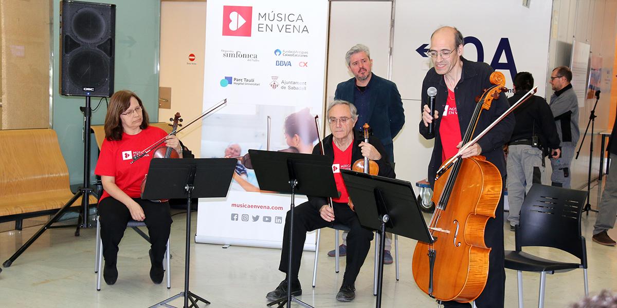 El Parc Taulí inicia un programa de gires musicals per millorar l'estada dels usuaris