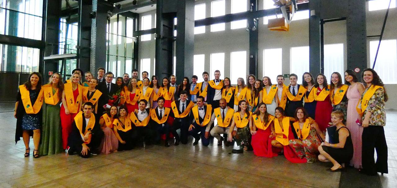 Es gradua la 8a promoció d'estudiants de Medicina de la Unitat Docent del Parc Taulí